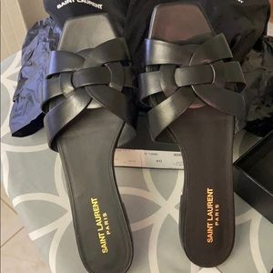 Authentic YSL Tribute sandals size 40 or 10 in blk